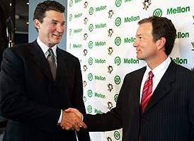 """Рэй Шеро (справа) с одним из владельцев """"Питтсбурга"""" Марио Лемье"""